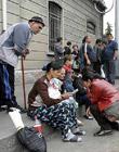 Immigrati, tutti in fila per il click day nel giorno del permesso prenotati in 4 mila